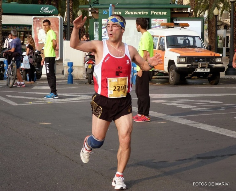 Ángel Granizo durante el desarrollo de la carrera de 10 km