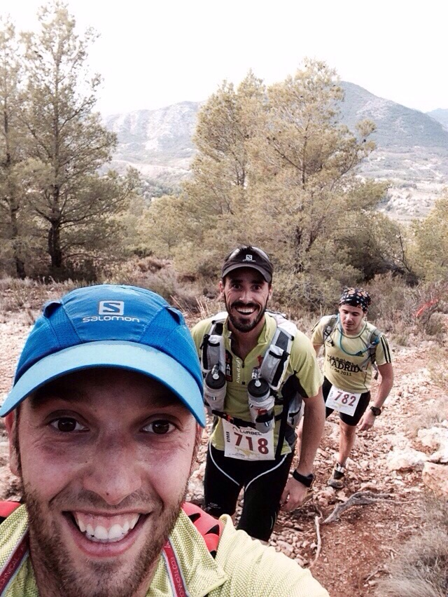 Vicente, Rober y Tony en un tramo de subida
