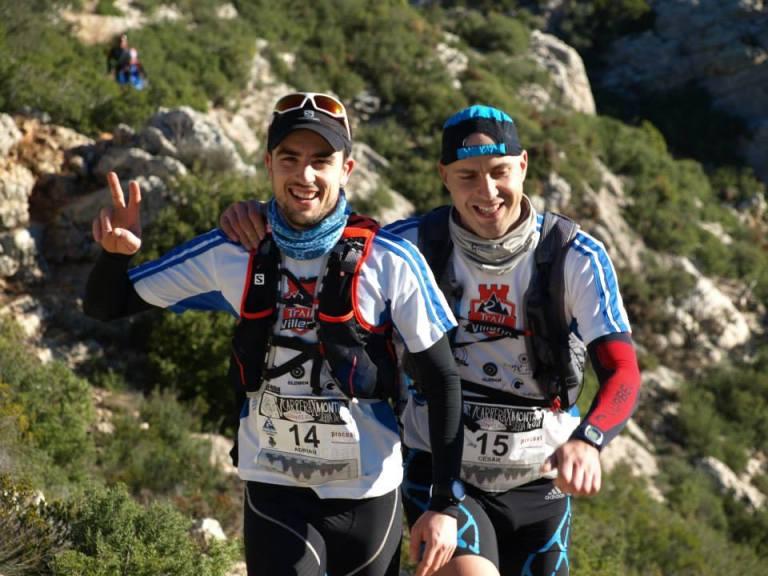 Adrián Martínez y César Azorín en carrera