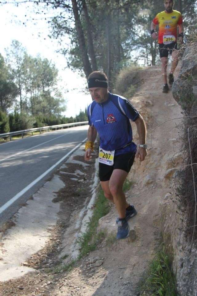 Pedro Luna durante el descenso de la Penya del Frare