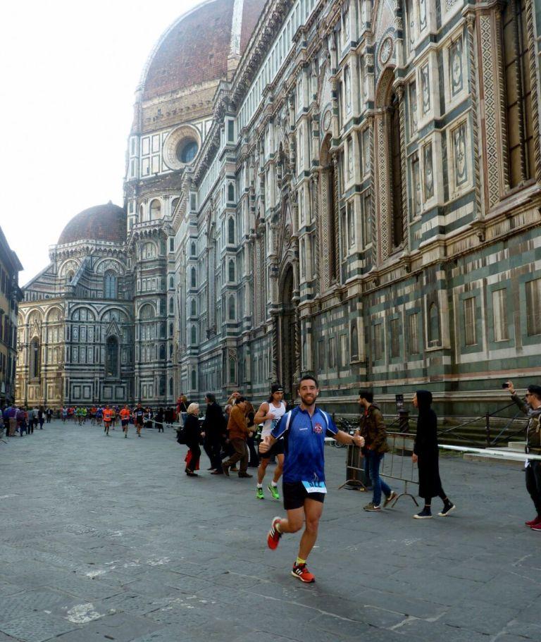 Luis Camarasa durante el desarrollo de la prueba por las bellas calles de Florencia