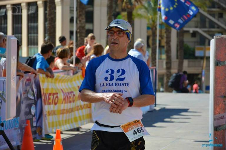 Ángel Granizo tras cruzar la línea de meta