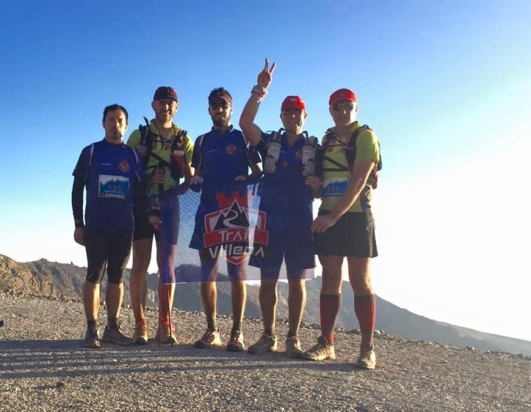 Los cinco componentes de Trail Villena en el Pico Veleta a 3.100 msnm