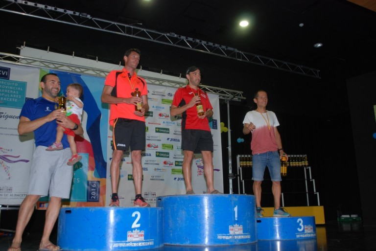Miguel podio