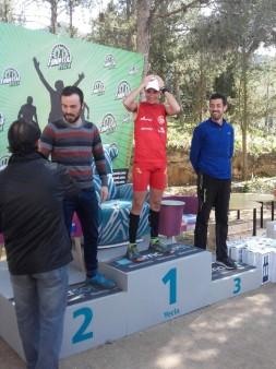 Juansi en el podium, tercer clasificado de categoría