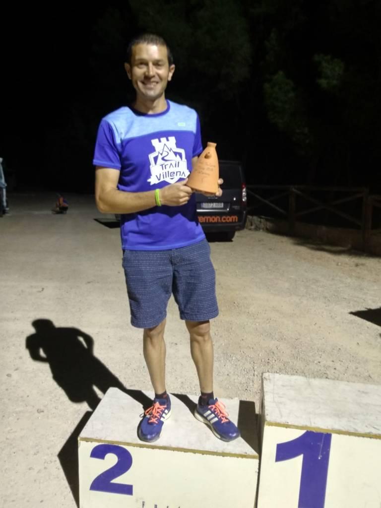 Marco en el podio