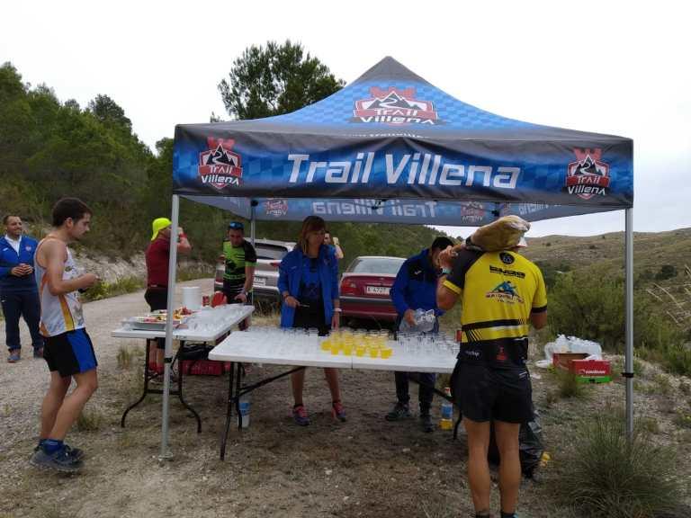 Avituallamiento gestionado por CDME Trail Villena 1