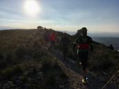 Grupo corriendo cresta norte